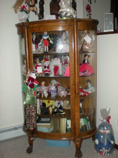 Tiger Oak Curio Cabinet