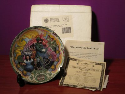 The Wizard of Oz - The Merry Old Land of Oz Music Plate - Sweet N Evil